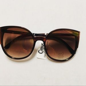 📣 30% OFF! Sam Edelman cat eye sunglasses